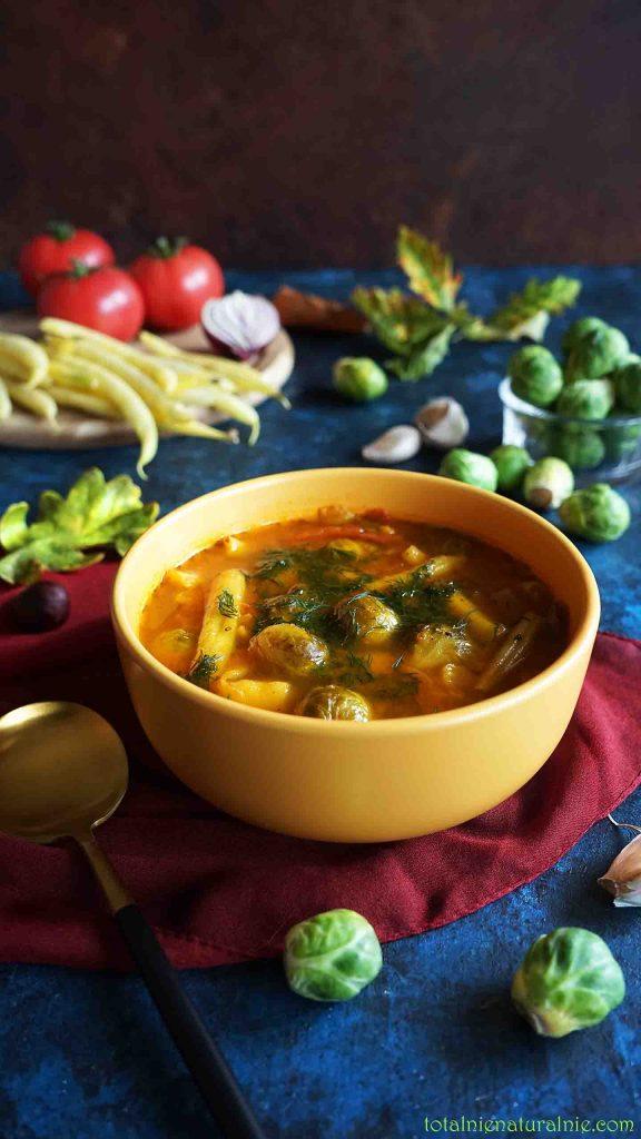zupa z fasolki szparagowej i brukselki