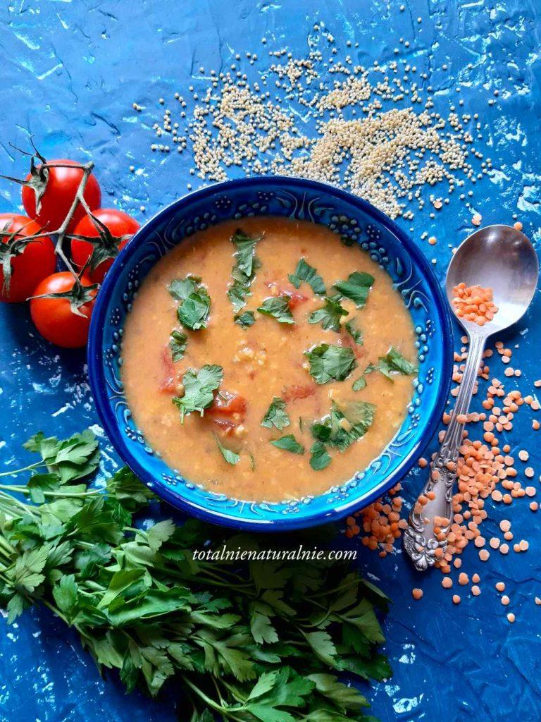 zupa z czerwonej soczewicy z kaszą jaglaną