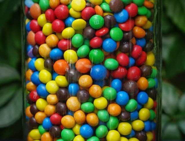 jak zacząć zdrowo się odżywiać - cukier i słodycze