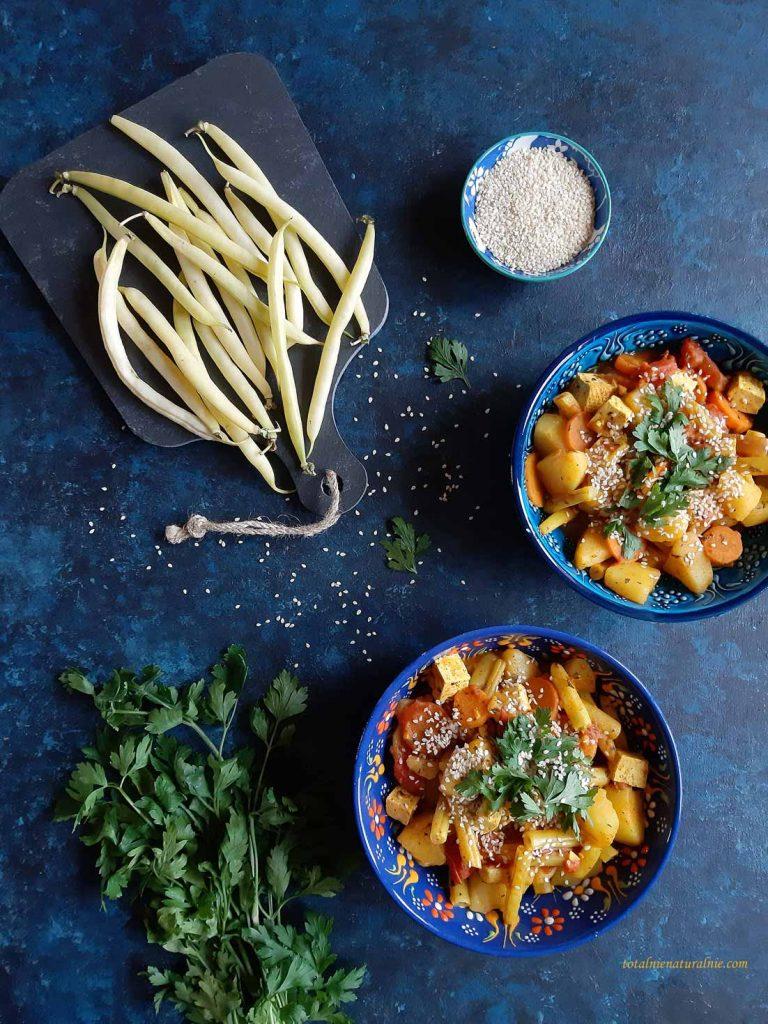 fasolka szparagowa z ziemniakami i tofu na słodko